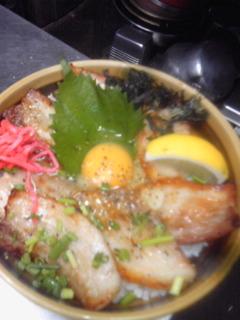 塩バラ玉丼1.jpg